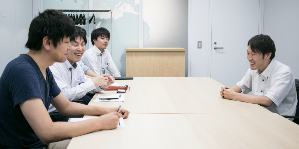 NTTコム オンライン・マーケティング・ソリューション 鈴木さんと講師陣の評価について会話